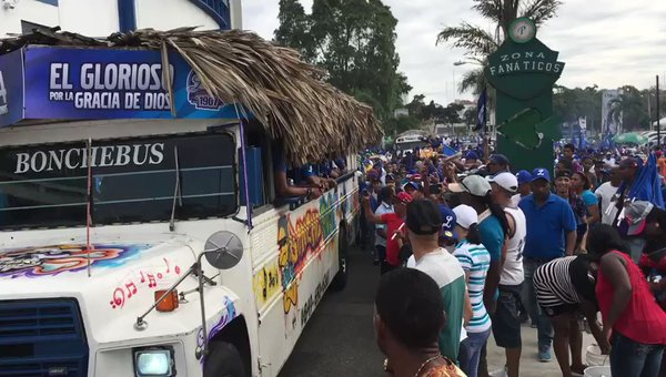 caravana del licey12