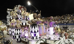 65404447_Dancers-from-the-Mocidade-Alegre-samba-school-perform-during-a-carnival-parade-in-Sao-P