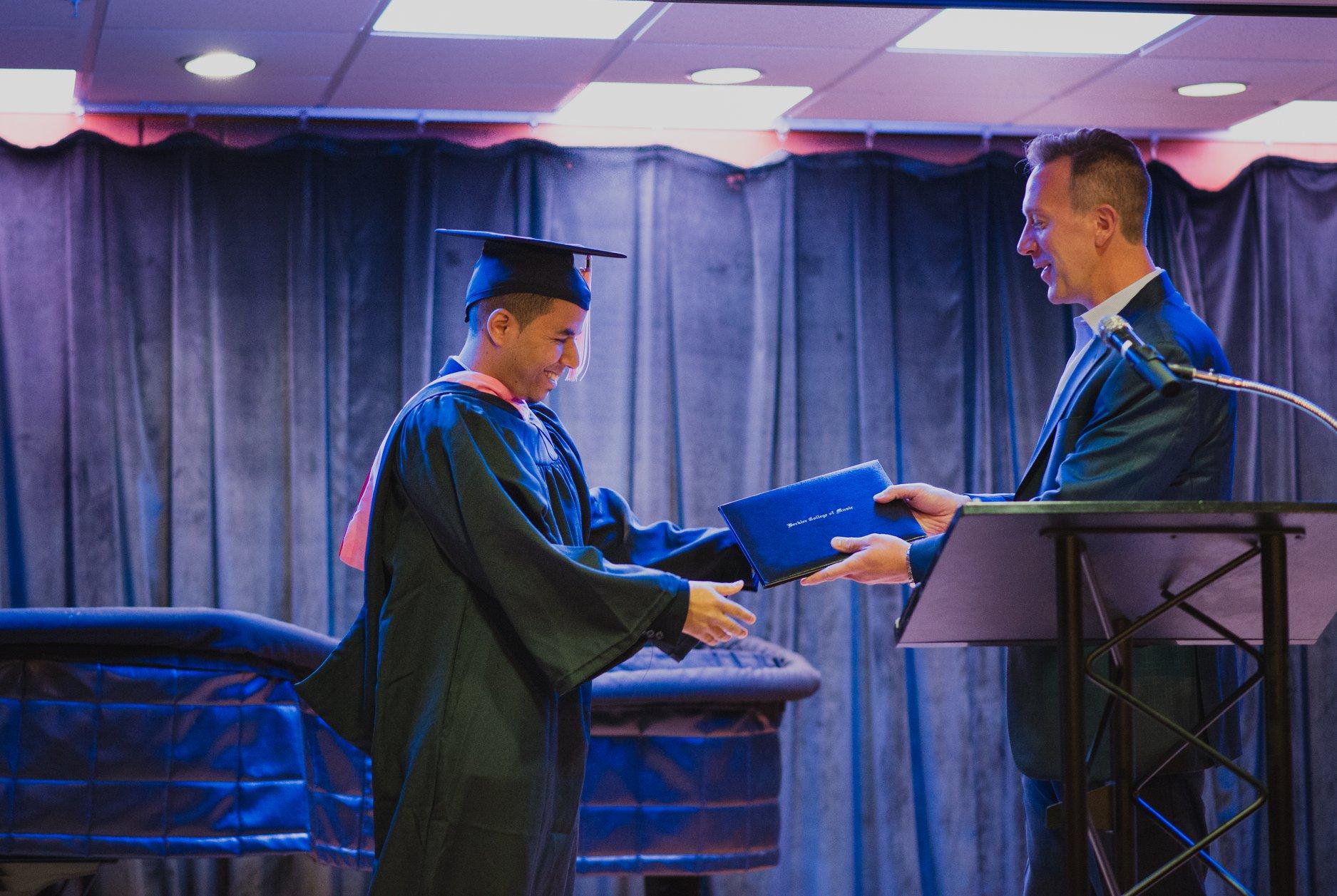 Pauly Graduacion1