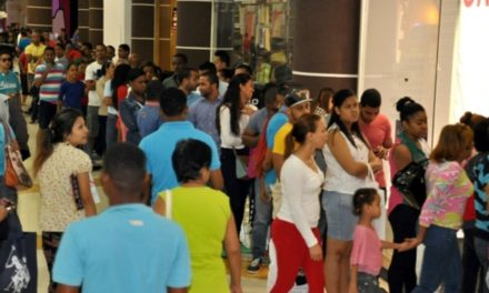 Sancionan tiendas por Black Friday