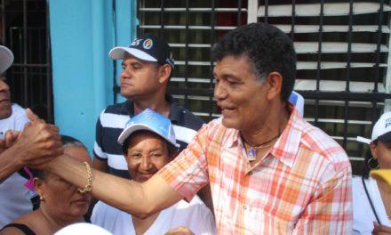 Denuncian desorden Alcaldía SDO