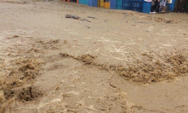 Ríos de Puerto Plata se desbordan