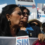 Mujeres del PRM protestan
