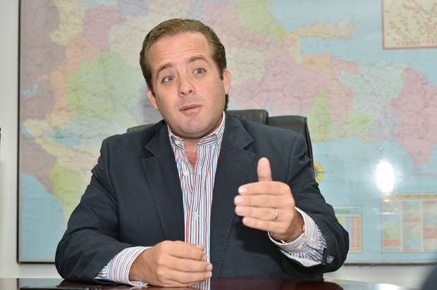 Senador del PRM al CNM
