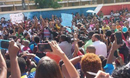 Huelga en la Universidad Evángelica