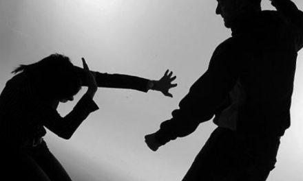 Muere al defenderla de su agresor