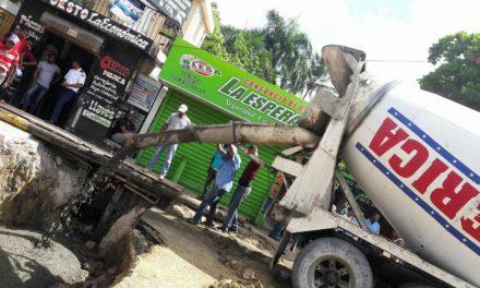 Ayuntamiento paraliza trabajos
