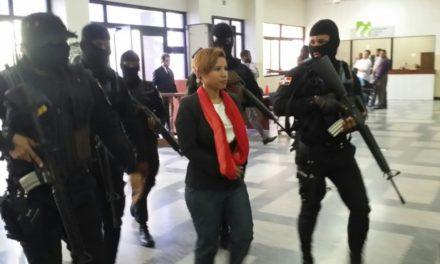 Estalla ex Jueza Awilda Reyes