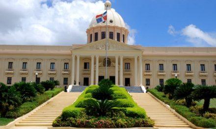 Roban a periodista en el Palacio Nacional