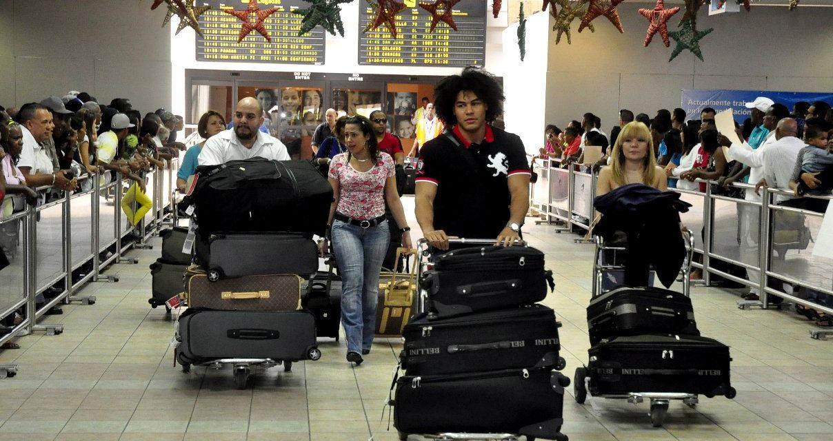 Dominicanos ausentes llegan al país