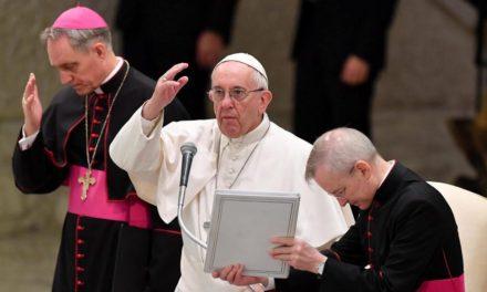 Papa dice hay resistencias malvadas