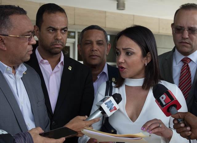 Diputados PRM emplazan al Procurador