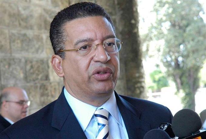Medina apoyó reelección de Johnny Jones
