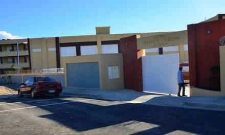 Inauguran liceo en Pantoja