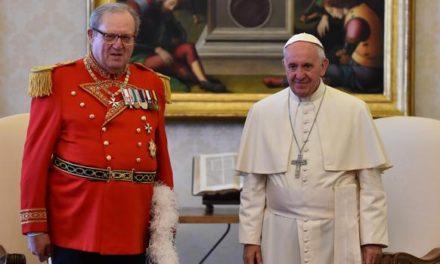 Maestre de la Orden de Malta dimite