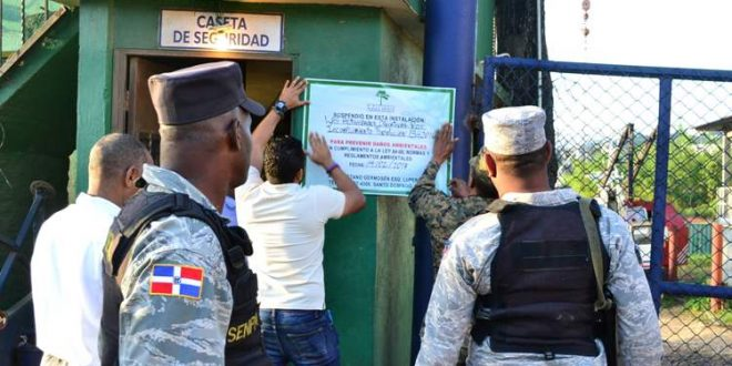 Medio Ambiente cierra Metales Antillanos en Río Isabela