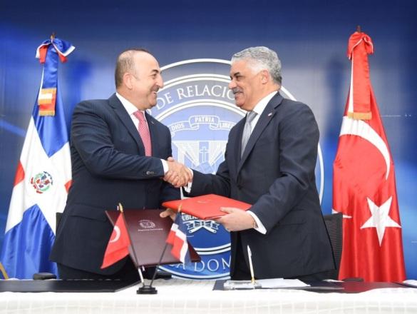 RD y Turquía firman acuerdo de cooperación turística