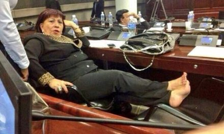 La diputada hondureña que se ganó el odio de los dominicanos