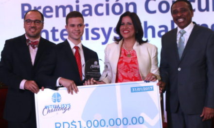 Estudiante gana un millón concurso software