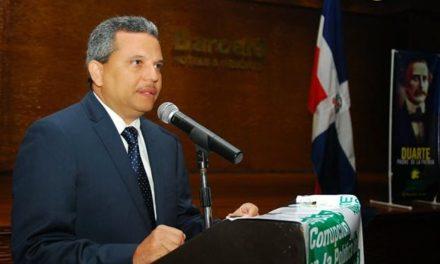 Estados Unidos impide la entrada al diputado Fidel Santana