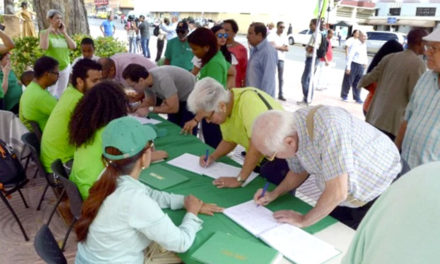 Habilitan puntos para firmar el Libro Verde en Nueva York