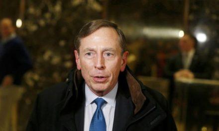 Más de 120 generales retirados piden a Trump no recortar el gasto en diplomacia