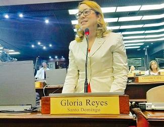 Diputada Gloria Reyes reflexiona sobre juventud y la política
