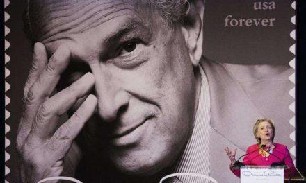 Servicio postal EEUU lanza sello en homenaje a Oscar de la Renta