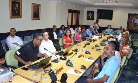 Visión Mundial y Alcaldía Los Alcarrizos realizan simposio a favor de la niñez y desarrollo comunidades vulnerables