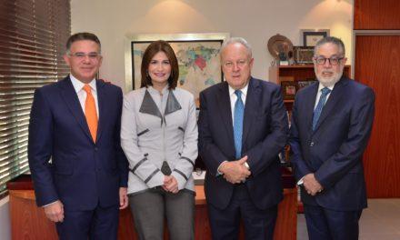 Presidente FECAICA ve importancia de instituciones regionales sólidas