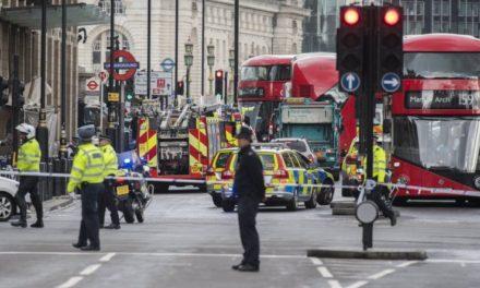 Ataque terrorista en Londres deja al menos 5 muertos y unos 40 heridos