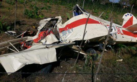 Se estrella avioneta de fumigación en Villa Tapia, piloto muere