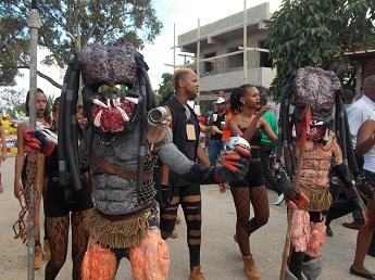 Celebran en grande Desfile del Carnaval de La Guáyiga