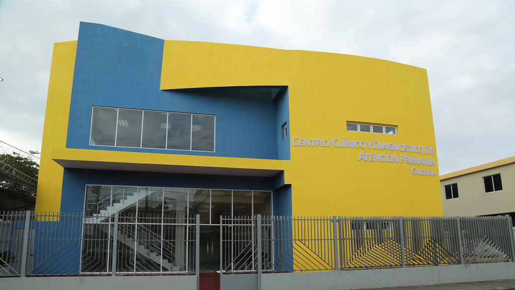 Presidente Medina inaugura Centro de Diagnóstico en Guerra
