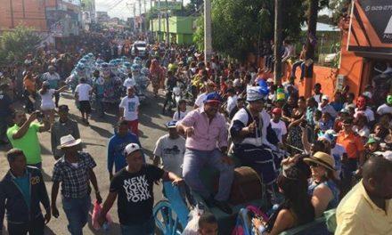 Clausuran Carnaval Los Alcarrizos 2017 con la participación de Sergio Vargas, Musicólogo y Cheddy García
