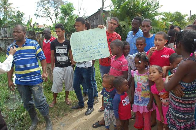 Residentes de La Nueva Esperanza en Los Alcarrizos, denuncian padecen enfermedades provocadas por aguas residuales