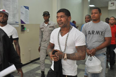 Juez revoca libertad a Omega y lo envía a completar los 5 años a La Victoria