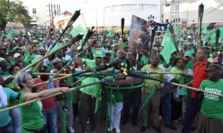 Dominicanos se animan en torno a la Marcha Verde en lucha contra la impunidad