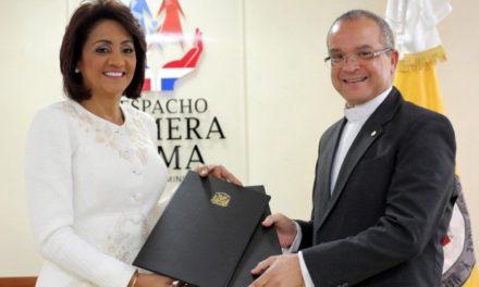 Primera Dama y PUCMM acuerdan ampliar horizontes por Cultura de Paz