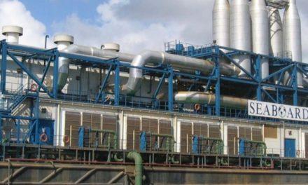 Medio Ambiente suspende renovación permiso a barcaza eléctrica SEABORD en el Ozama