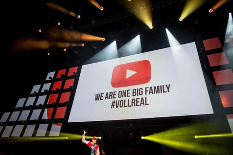Youtube,1000 millones de horas de videos al día