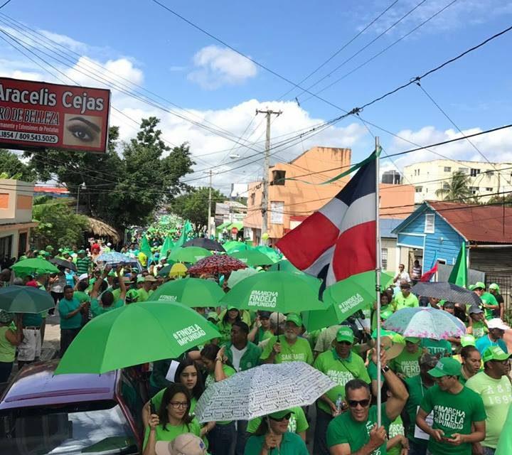 Ciudadanos marchan en San Francisco de Macorís en contra de la impunidad y la corrupción