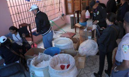 Autoridades allanan vivienda en Hainamosa donde falsificaban medicamentos