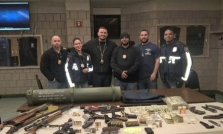 Ocupan a dominicano y cómplice en Harlem arsenal con estuche de bazooka