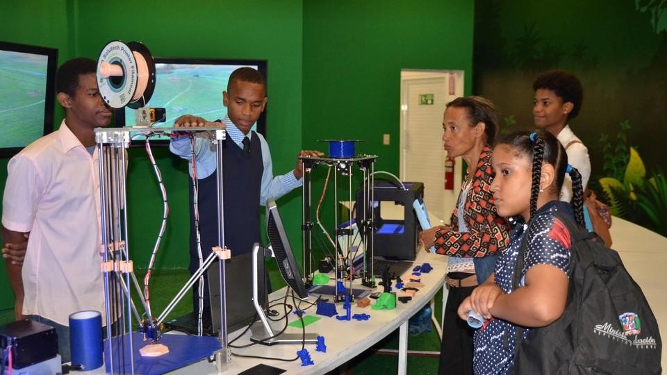 Primera impresora 3D dominicana, Alcarrizos News Diario Digital