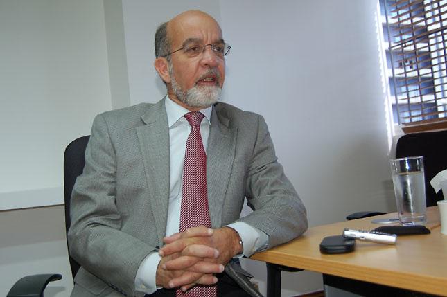 Daniel Pou denuncia altos mandos policiales protegen organizaciones criminales