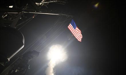 Estados Unidos ataca con misiles Tomahawk objetivo en Siria