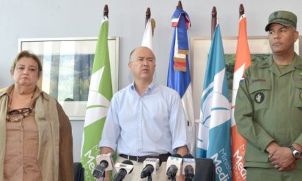 Medio Ambiente multa a Lajún Corporation y ordena volver a verter desechos en Duquesa
