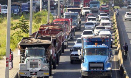MOPC prohíbe circulación vehículos pesados durante el largo asueto de Semana Santa