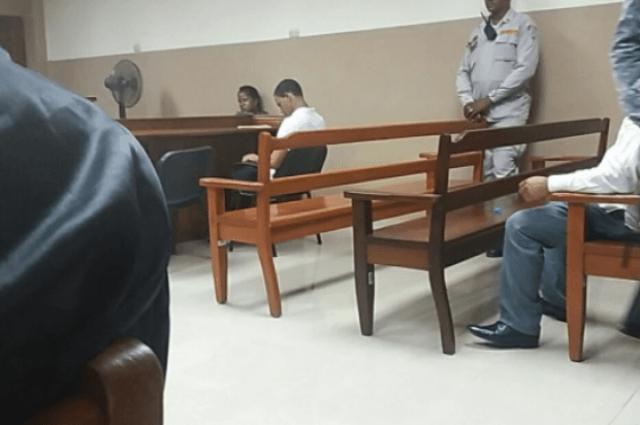 Un mes de prisión a estudiante que golpeó a compañera de clases